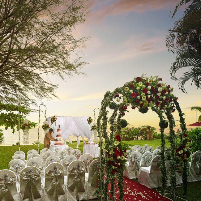 Wedding Venues Hotel Garden
